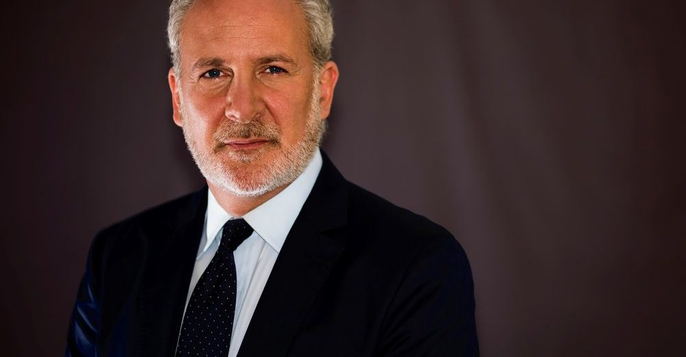 Питер Шифф: Биткоин на грани риска похода к $ 4000