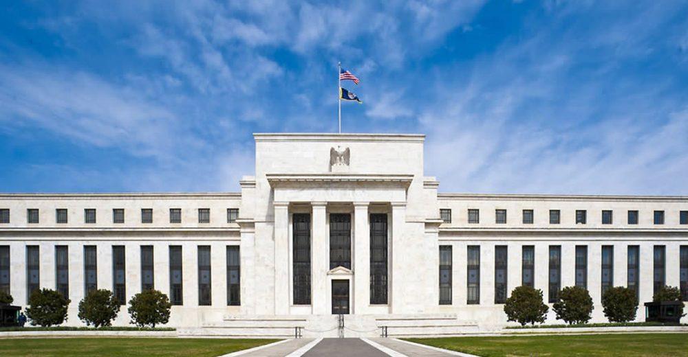 ФРС в этом месяце напечатала больше денег, чем вся рыночная капитализация Биткоина