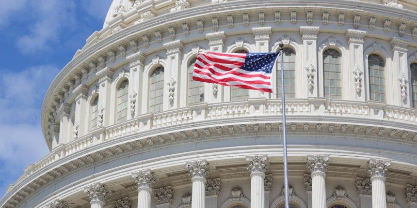 Конгресс США рассматривает законопроект, утверждающий, что стабильные монеты являются ценными бумагами