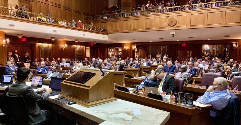 Комитет Палаты представителей США требует, чтобы Цукерберг дал показания о Libra до января