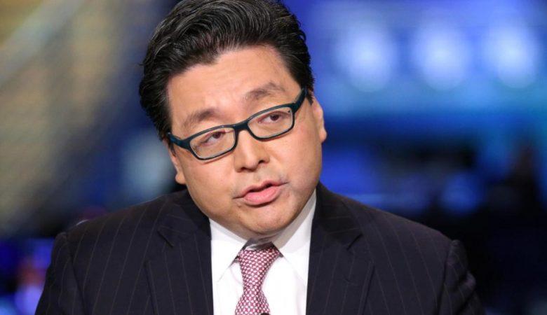 Том Ли: Биткоин должен консолидировать годовой доход