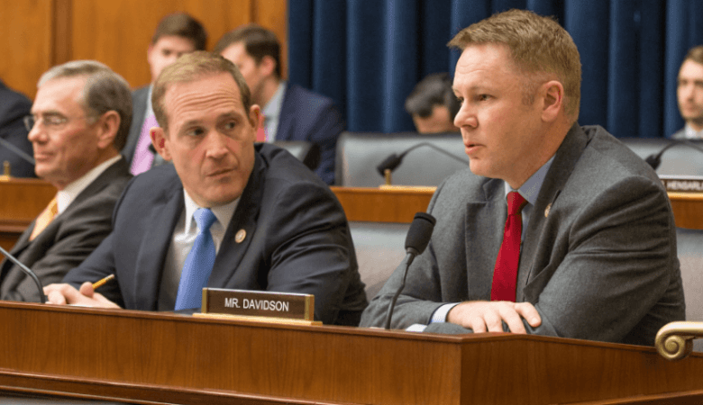 Член палаты представителей Дэвидсон еще раз призвал к четкому регулированию индустрии блокчейн